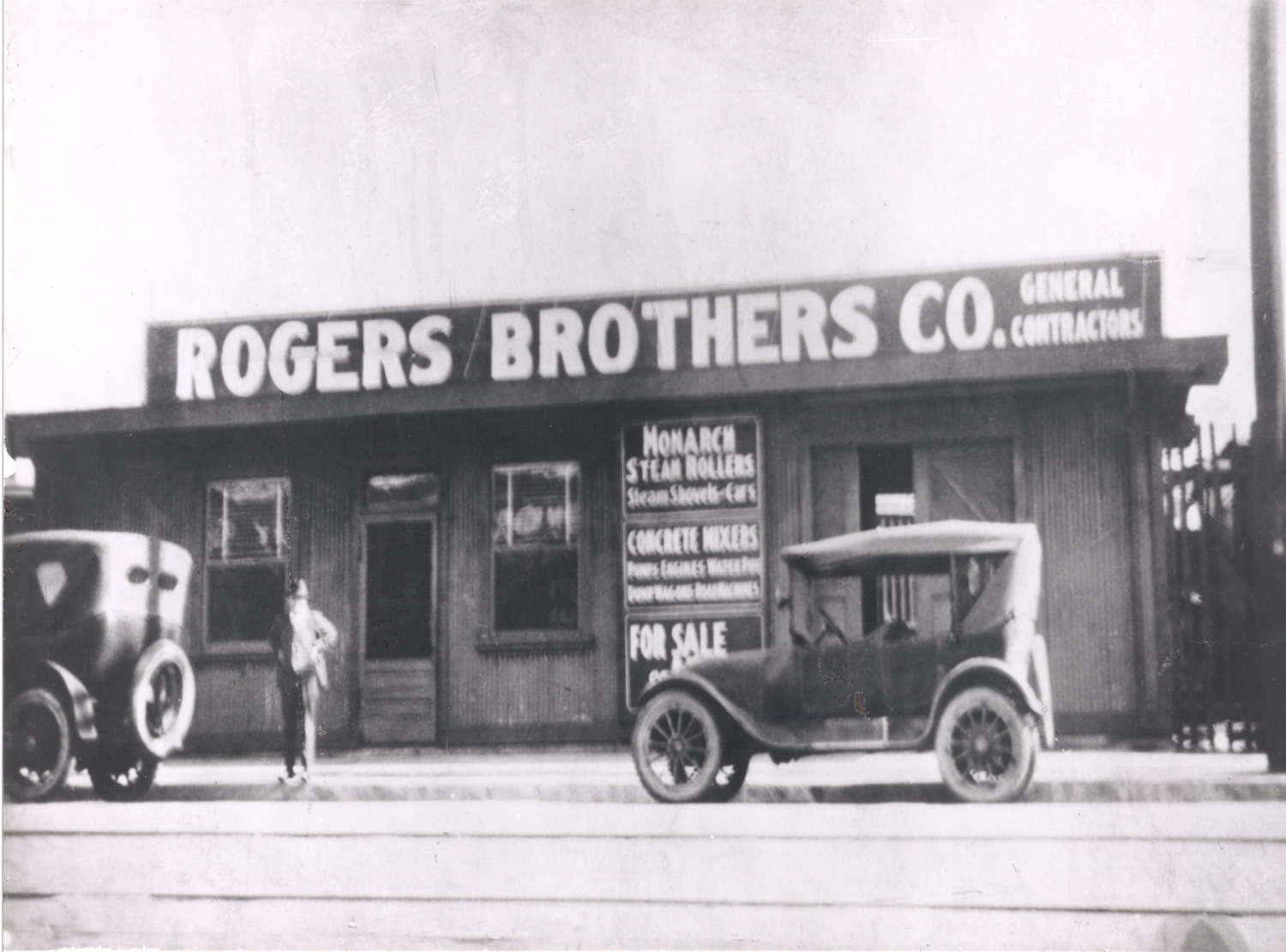 1142 Rogers brothers store_3